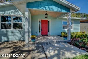 806 E 24th Avenue, New Smyrna Beach, FL 32169