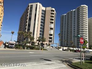 2917 S Atlantic Avenue, 204, Daytona Beach Shores, FL 32118