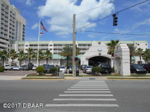 2700 N Atlantic Avenue, 717, Daytona Beach, FL 32118