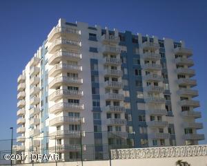 925 N Halifax Avenue, 205, Daytona Beach, FL 32118