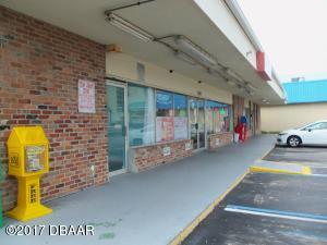 3348 S Atlantic Avenue, 25D North Side, Daytona Beach Shores, FL 32118