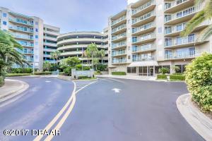 4 Oceans West Boulevard, 307D, Daytona Beach Shores, FL 32118