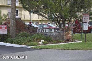 715 S Beach Street, 212D, Daytona Beach, FL 32114