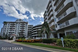 3 Oceans West Boulevard, 3B2, Daytona Beach Shores, FL 32118