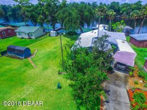 1943 Camp South Moon Road, Astor, FL 32102
