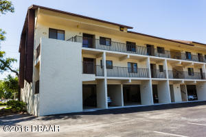 20 Tomoka Avenue, 210, Ormond Beach, FL 32174