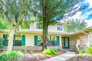 1320 Trail By The Lake Deland
