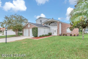 10 Crossbow Court, Palm Coast, FL 32137