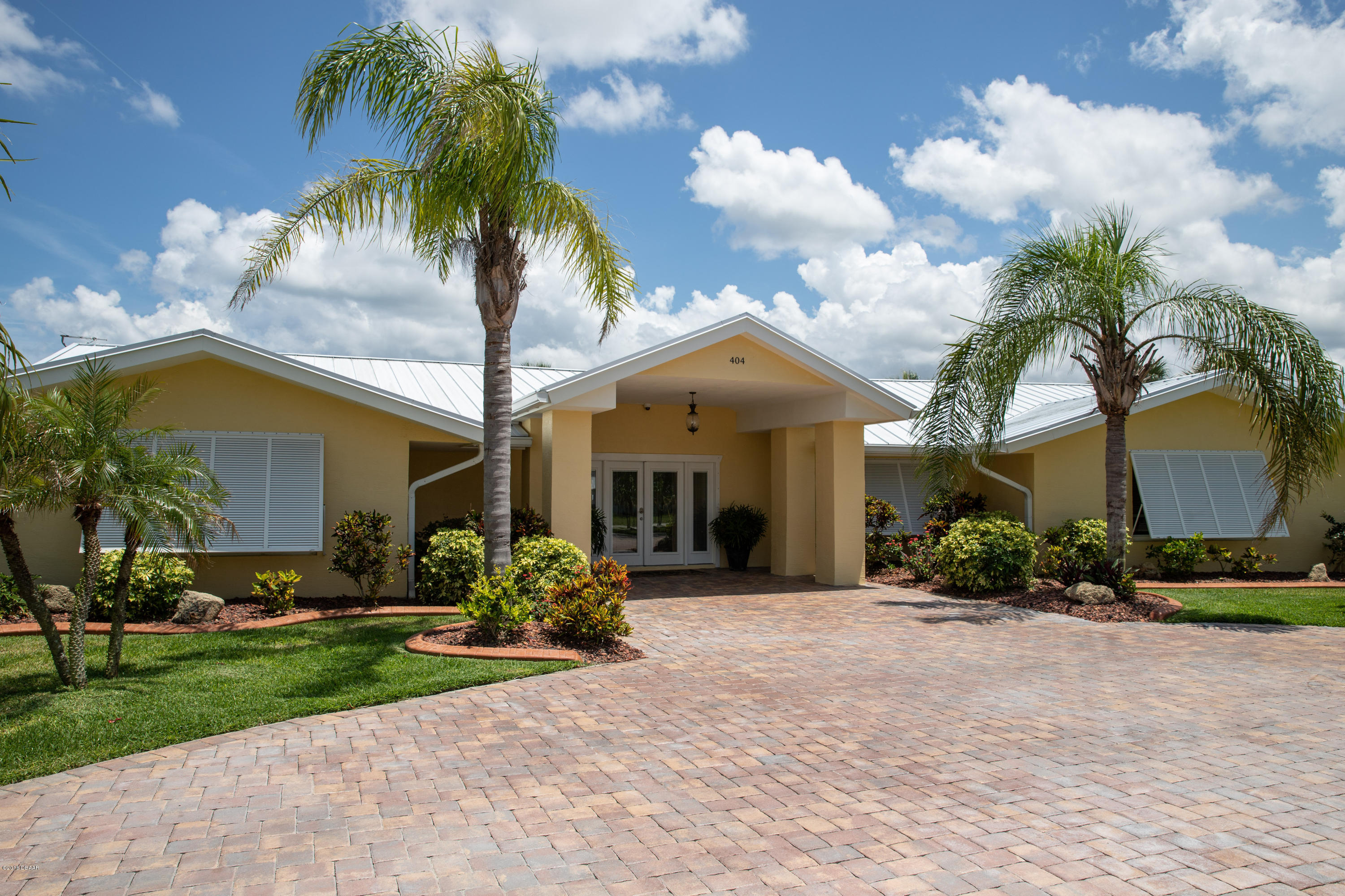 Photo of 404 Desoto Drive, New Smyrna Beach, FL 32169