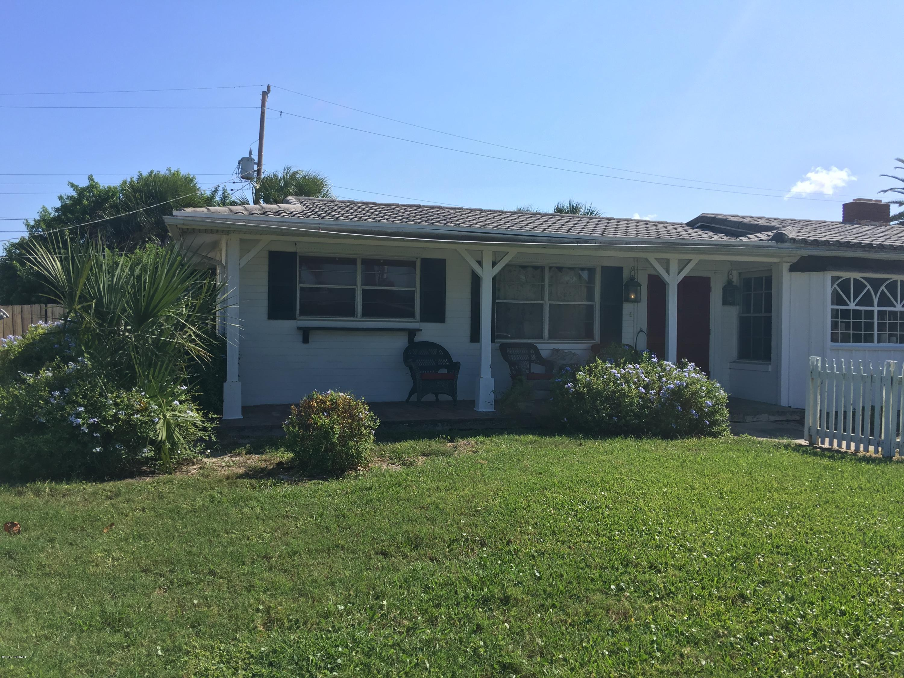 Listing photo id 4 for 14 Silk Oaks Drive