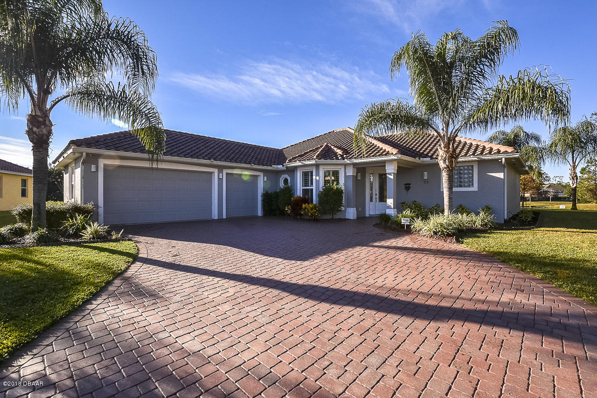 32 Thornhill Chase Circle