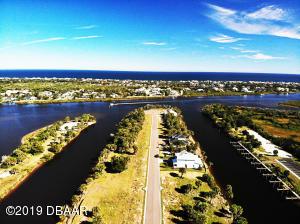 121 Seaside Point, Flagler Beach, FL 32136
