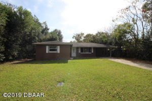 338 E Volusia Avenue, DeLand, FL 32724