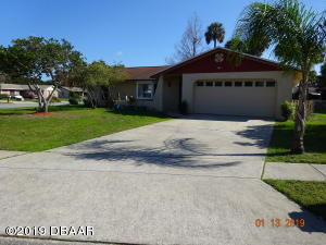 243 Wellington Drive, Daytona Beach, FL 32119