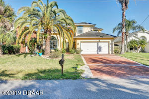 12 Corona Court, Palm Coast, FL 32137