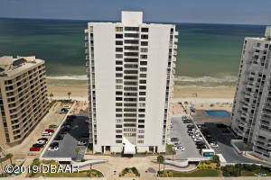 3043 S Atlantic Avenue, 202, Daytona Beach Shores, FL 32118