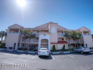 445 Bouchelle Drive, 104, New Smyrna Beach, FL 32169