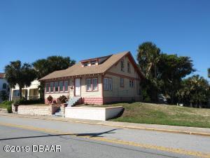 38 S Grandview Avenue, Daytona Beach, FL 32118