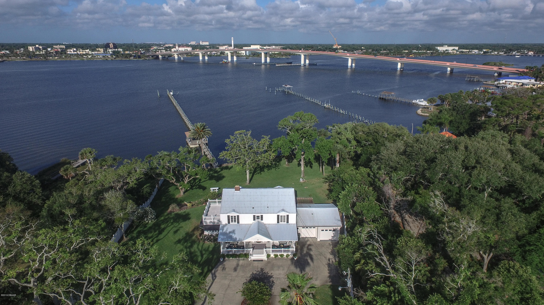 Photo of 101 Lenox Avenue, Daytona Beach, FL 32118