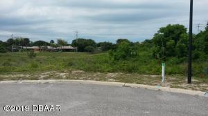 8 Aqua Clara, Ponce Inlet, FL 32127