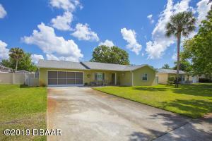 1427 W Harnden Road, Port Orange, FL 32129