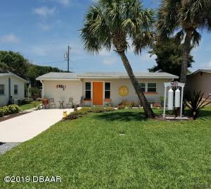 810 E 25th Avenue, New Smyrna Beach, FL 32169