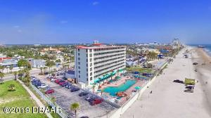701 S Atlantic Avenue, 213, Daytona Beach, FL 32118