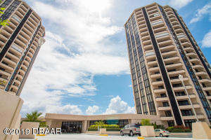 1 Oceans West Boulevard, 17A4, Daytona Beach Shores, FL 32118
