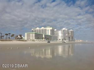 2700 N Atlantic Avenue, 522, Daytona Beach, FL 32118