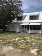 305 Mary Avenue, New Smyrna Beach, FL 32168
