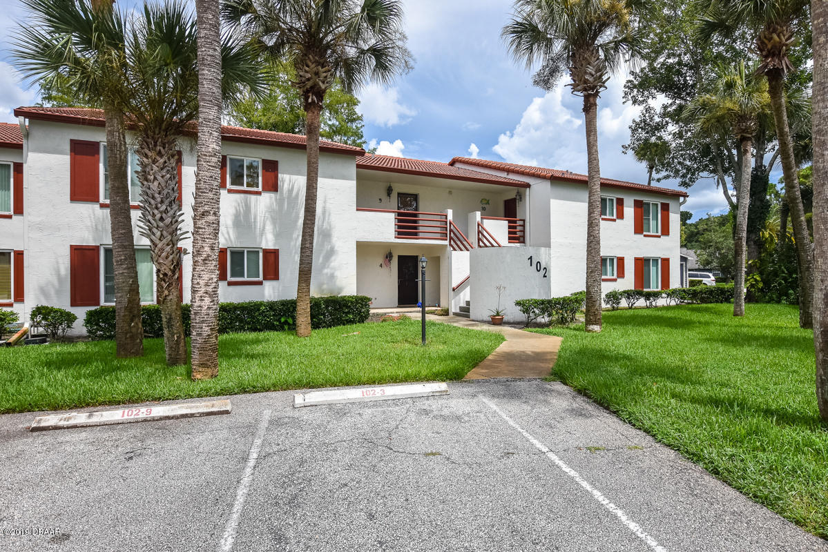 Photo of 102 Bob White Court #9, Daytona Beach, FL 32119