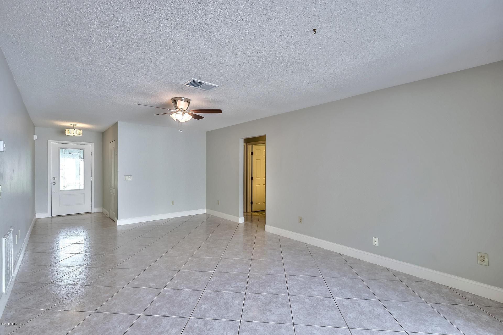 Image 4 For 1732 Daytona Avenue
