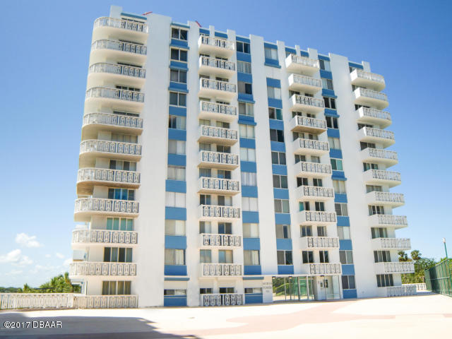 Photo of 935 N Halifax Avenue #404, Daytona Beach, FL 32118