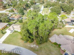 3043 Etta Circle, Deltona, FL 32738