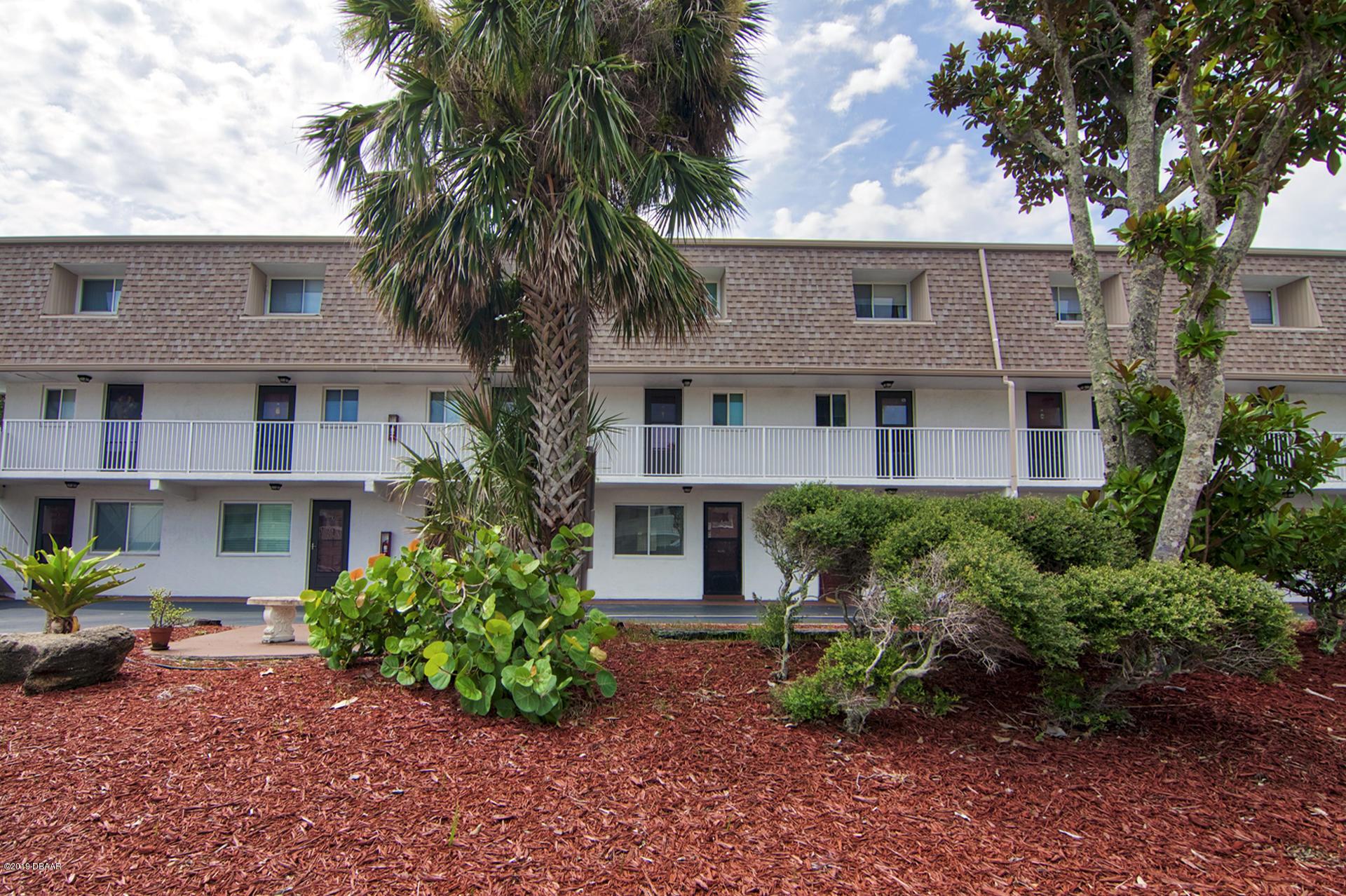 Photo of 60 Vining Court #40, Ormond Beach, FL 32176