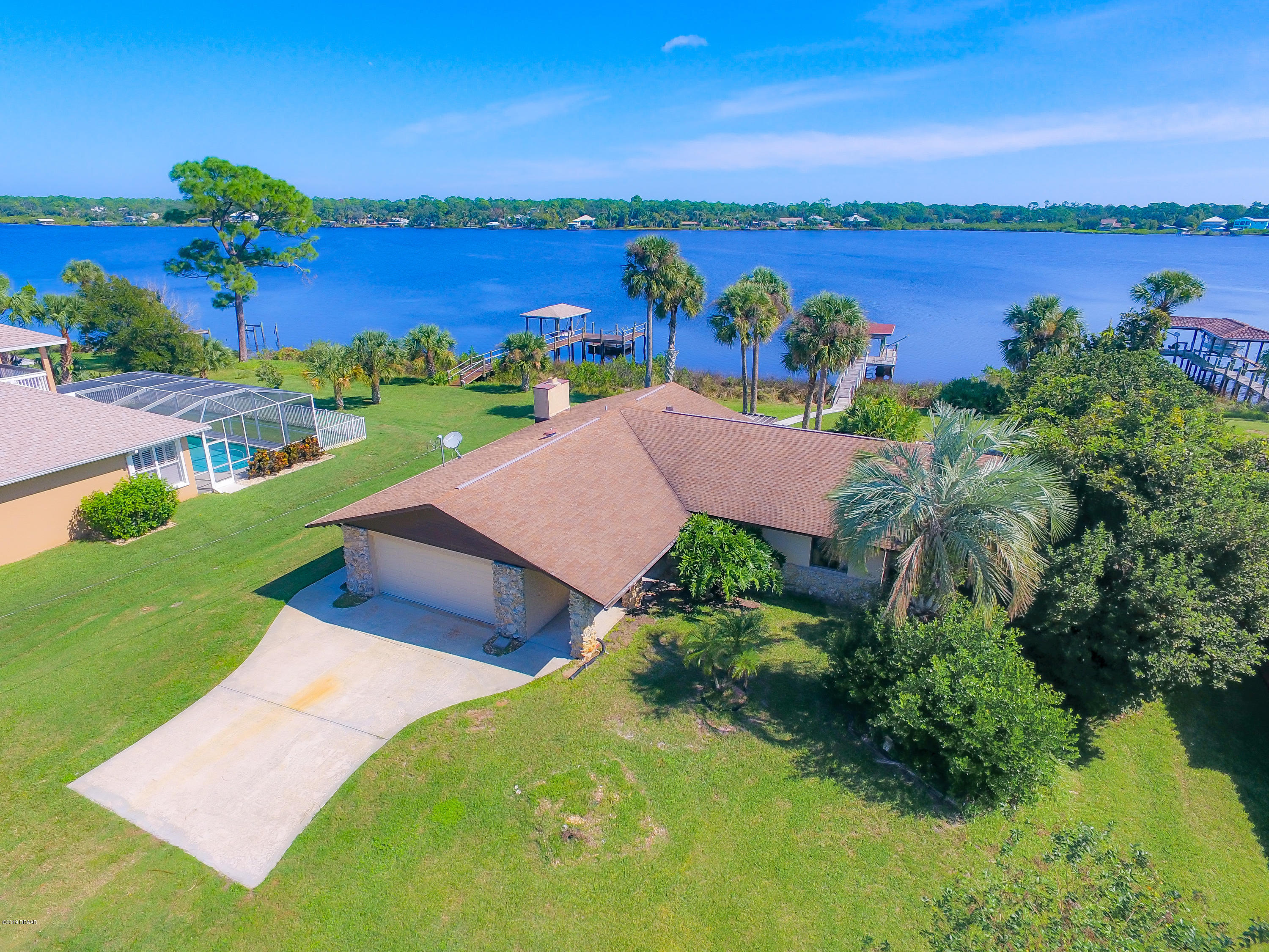 1965 Bayview Drive, New Smyrna Beach, FL 32168