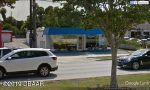 322 Ridgewood Avenue, Holly Hill, FL 32117