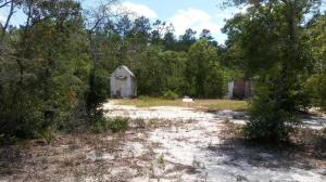 This 80 X 99 lot, back up to the Ocala National Forrest