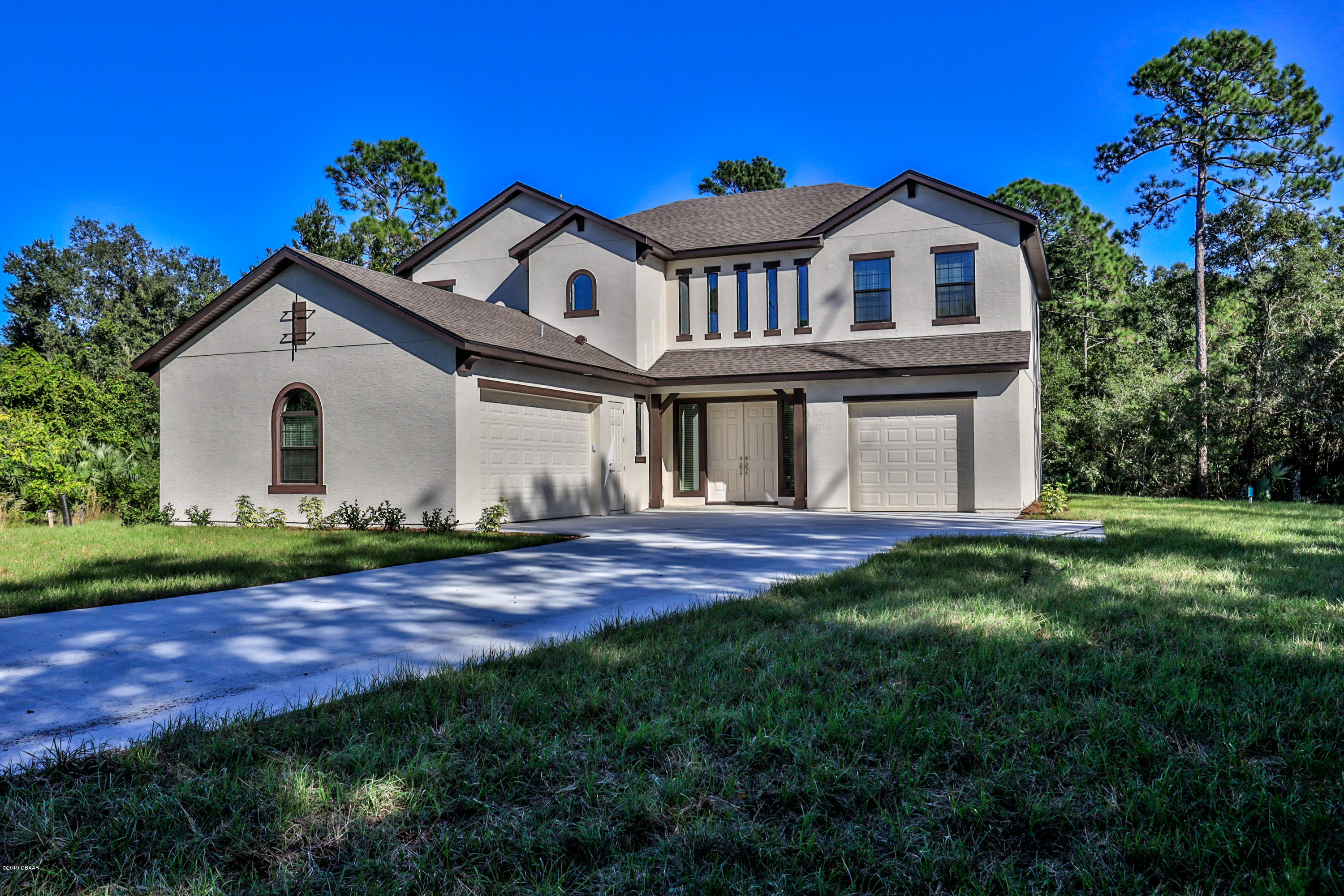 Photo of 704 S Glencoe Road, New Smyrna Beach, FL 32168