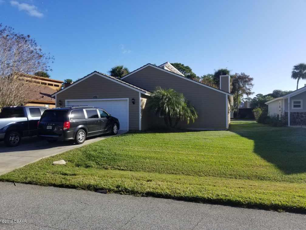 180 Gull Circle, Daytona Beach, FL 32119