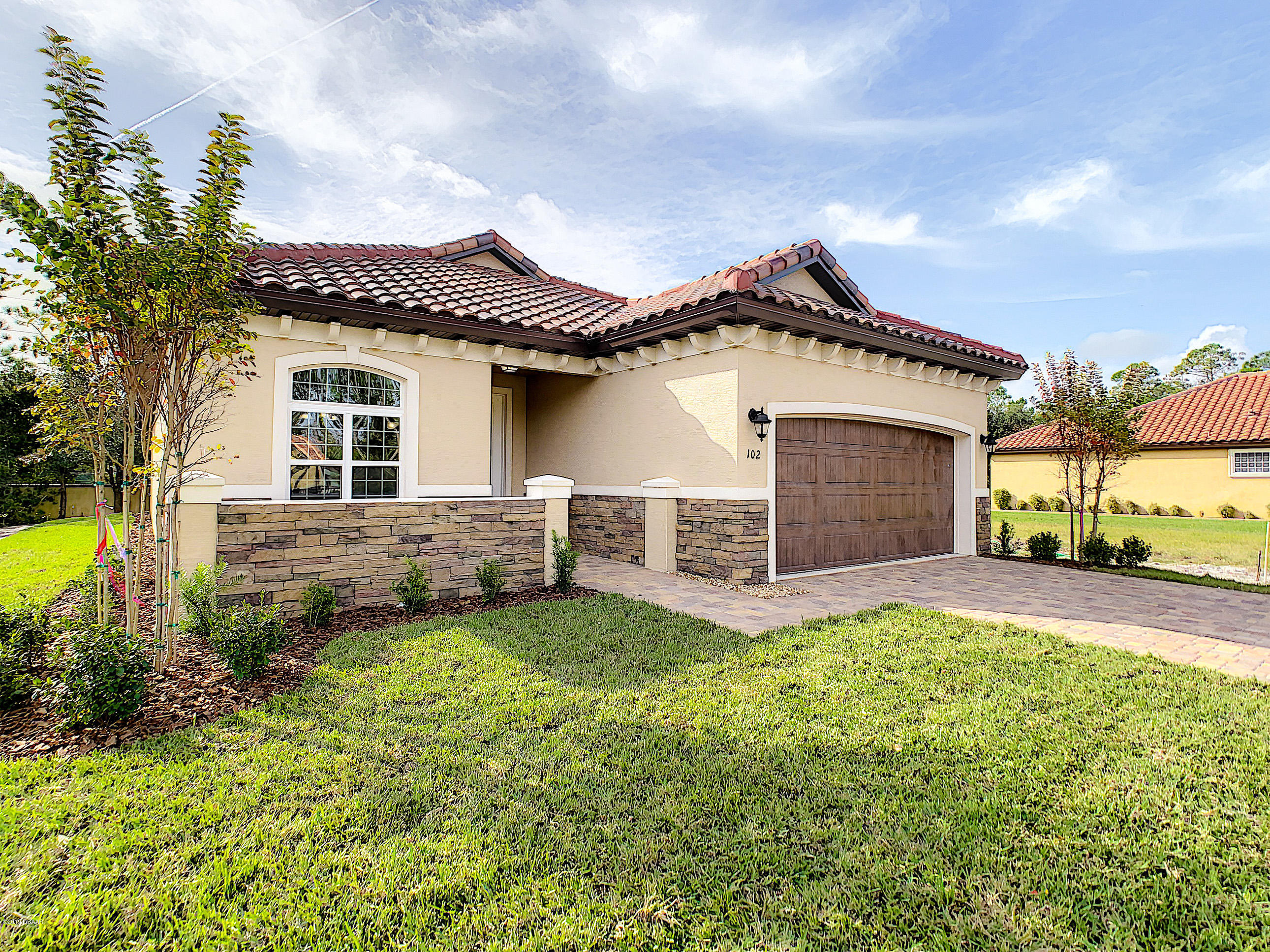 102 Via Roma, Ormond Beach, FL 32174