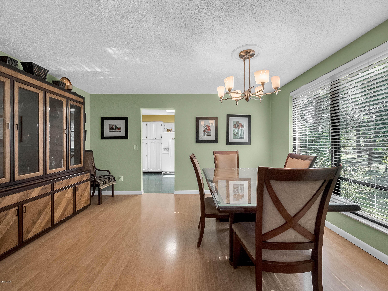 Image 8 For 695 Blue Lake Avenue