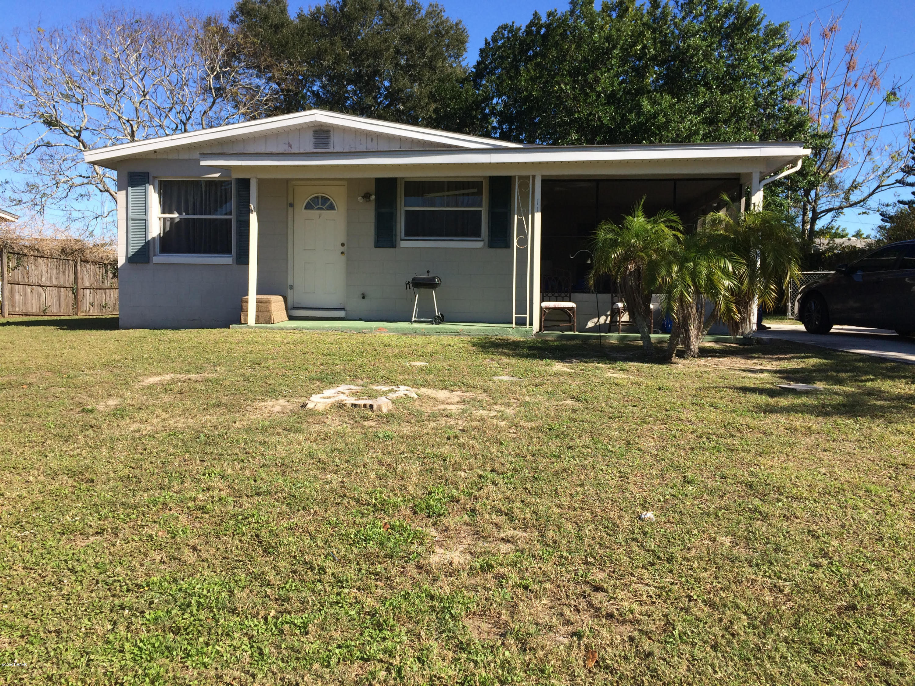 Photo of 11 Valley Drive, Daytona Beach, FL 32117