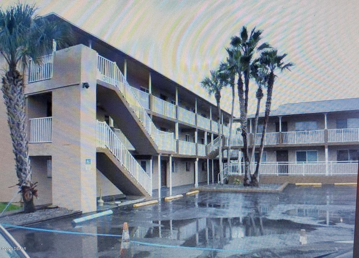 Photo of 415 N Halifax Avenue #213, Daytona Beach, FL 32118