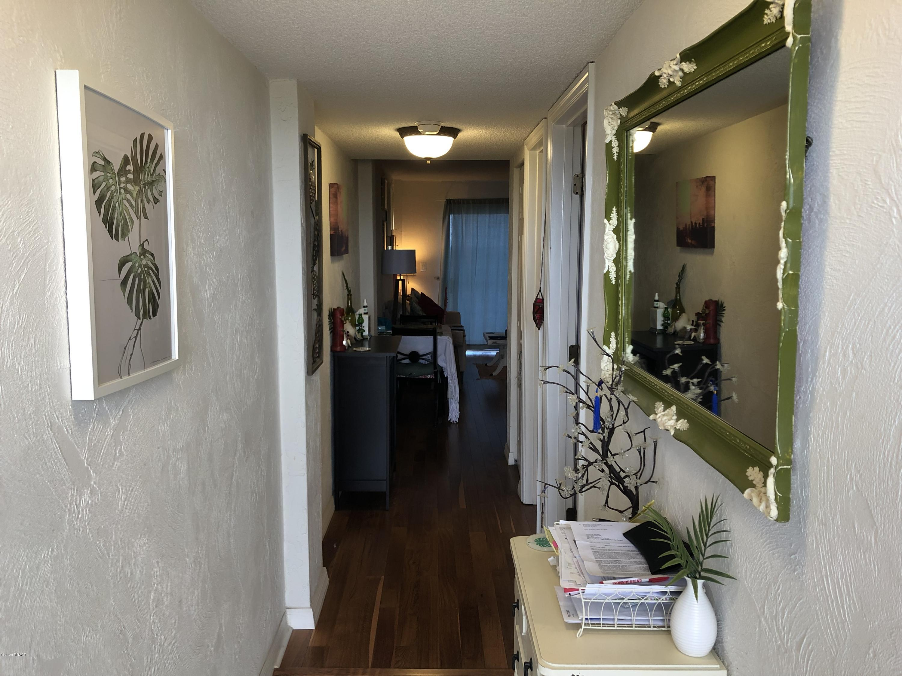 Listing photo id 7 for 145 Halifax Avenue 802