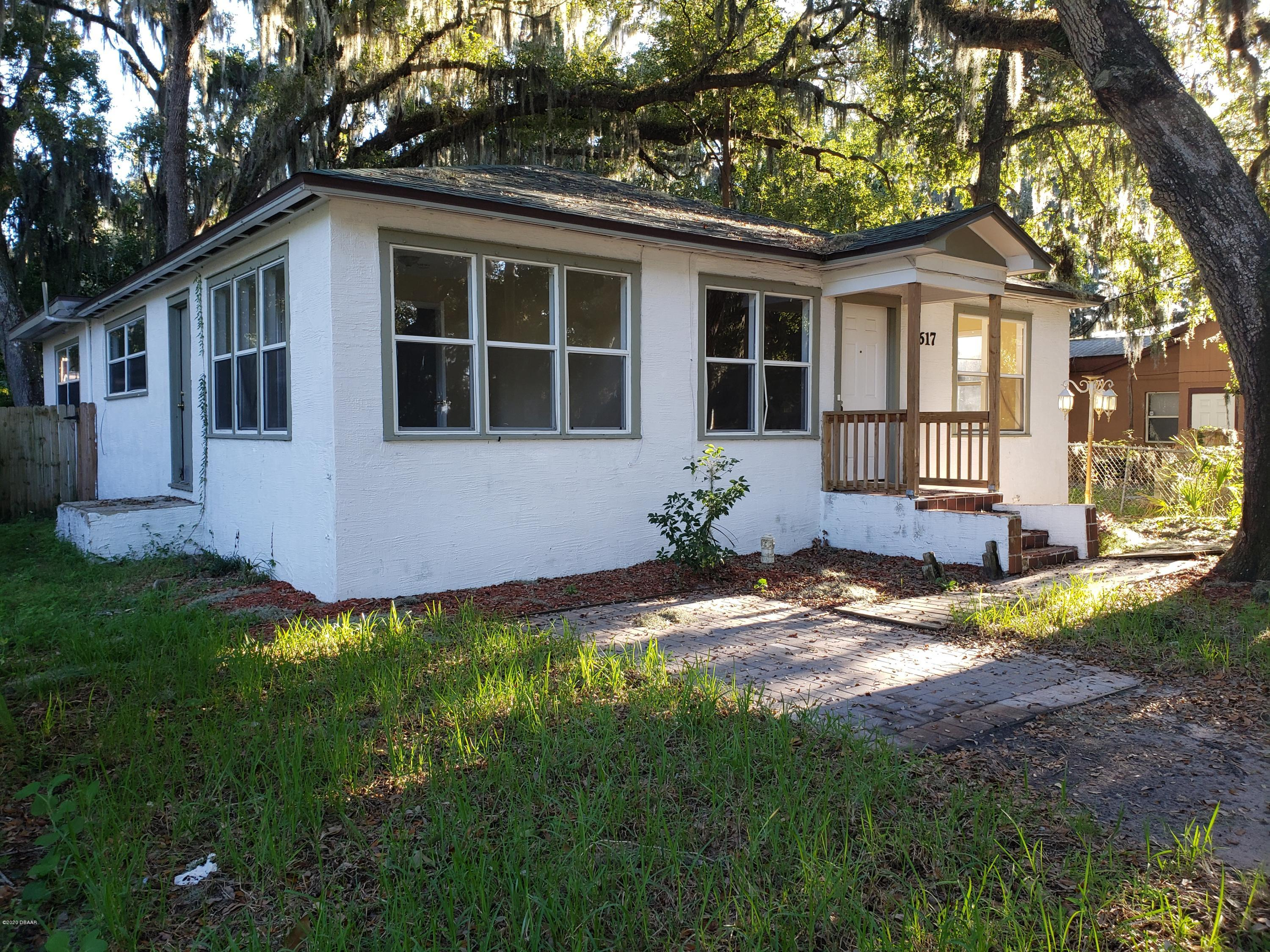 Photo of 617 Kingston Avenue, Daytona Beach, FL 32114