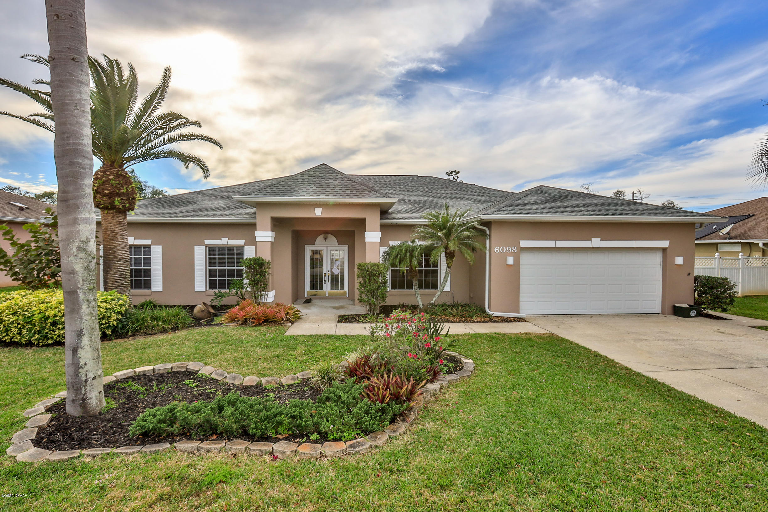 6098 Red Stag Drive, Port Orange, FL 32128