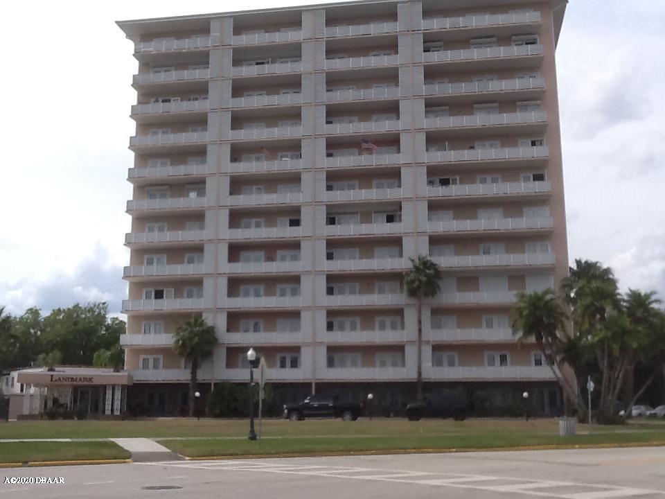 Photo of 404 S Beach Street #304, Daytona Beach, FL 32114