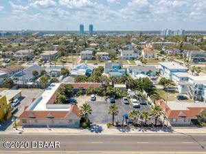 735 N Atlantic Avenue, Daytona Beach, FL 32118
