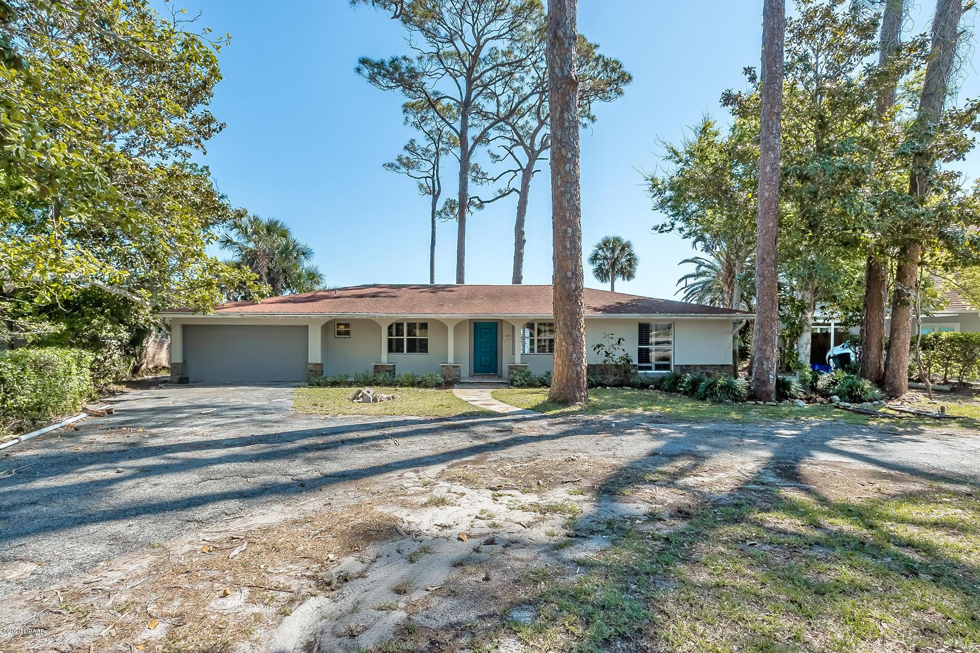 Photo of 307 N Beach Street, Ormond Beach, FL 32174